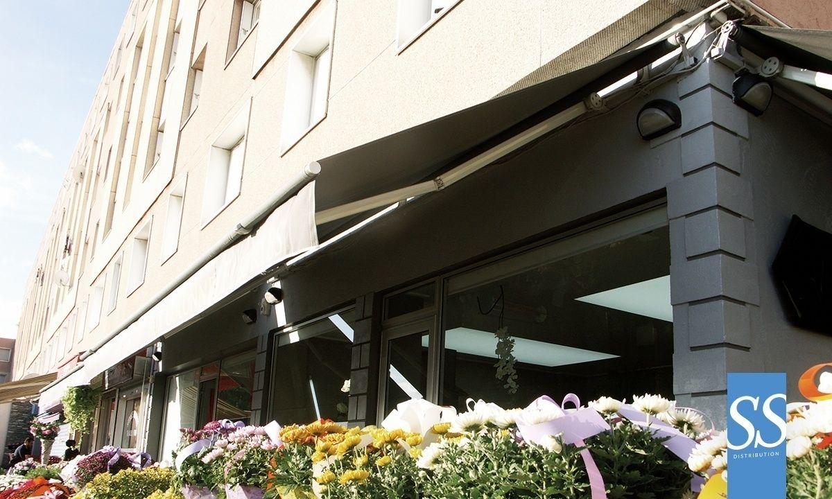 stores de terrasse bannes monobloc prêt a poser sur-mesure de ... - Store Banne Exterieur Monobloc Pret A Poser